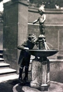 Fountain-Harold-Cunliffe-photo_proc_proc_proc